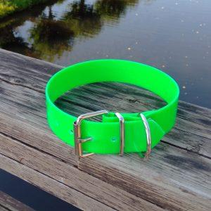 Collar Biothane verde claro ancho cinta 3,8 cm hebilla rulo